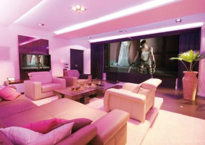 Fairland Studio - Perfekte Integration eines Wohnraumkinos