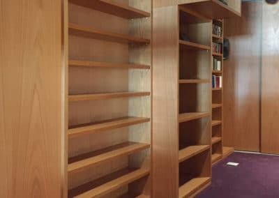 Heimkino-Bibliothek-Projekt-Fairland-Studio-Rueckwand